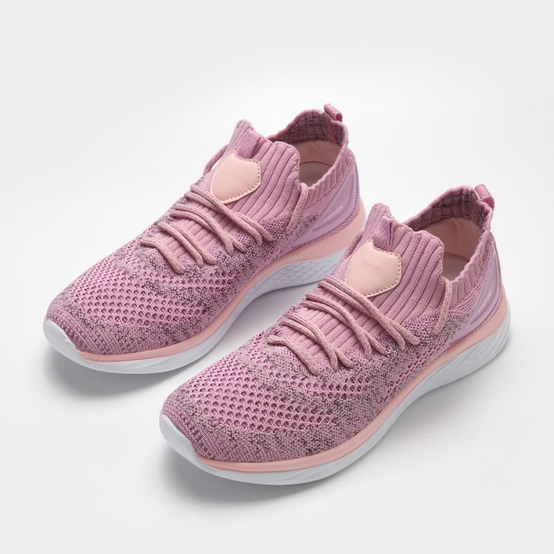 Rosa Sneakers Onepiece